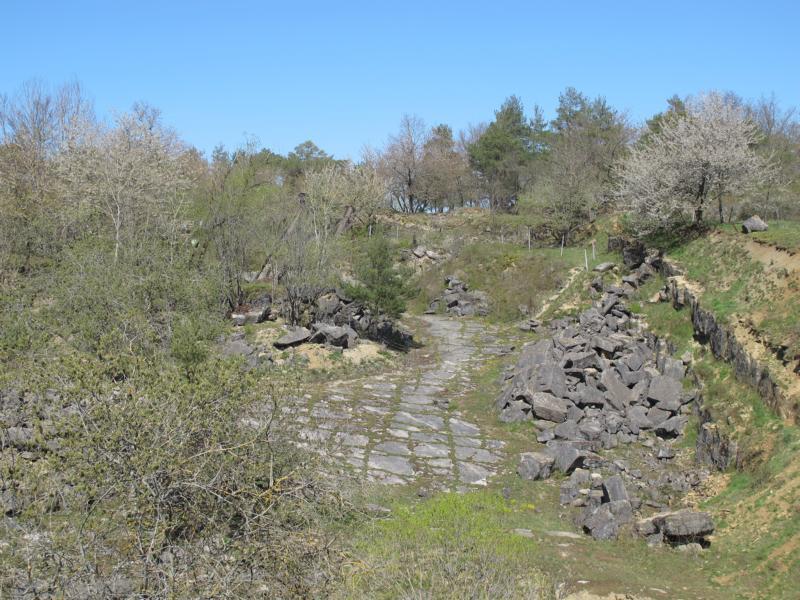Kulturweg - Blick in den Steinbruch